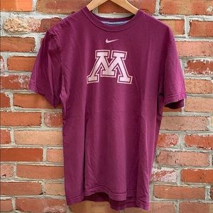 University of Minnesota gophers Nike T-shirt
